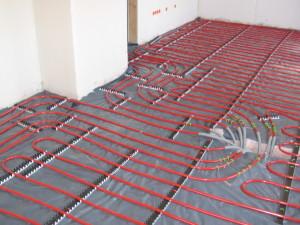 Aangename temperatuur in huis door vloerverwarming.